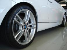 2010 BMW 135i Coupe M-Sport DCT - Detail