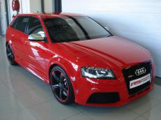 2011 Audi RS3 Sportback S tronic - Front 3/4