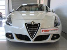 2011 Alfa Romeo Giulietta 1750 TBi QV - Front