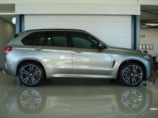 2016 BMW X5 M - Side