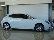 2012 Alfa Romeo Giulietta 1750 TBi QV - Side