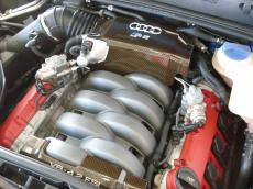 2006 Audi RS4 quattro Sedan - Engine