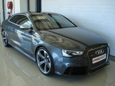 2013 Audi RS5 Coupe quattro S tronic - Front 3/4