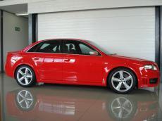 2006 Audi RS4 quattro Sedan - Side