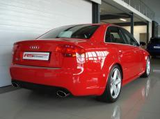2006 Audi RS4 quattro Sedan - Rear 3/4