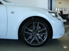 2014 Lexus IS 350 F-Sport - Detail