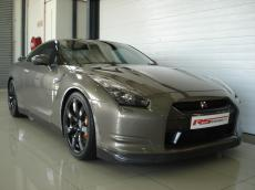 2010 Nissan GT-R Black Edition