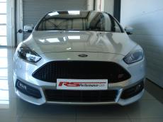 2015 Ford Focus 2.0 EcoBoost ST3 - Front