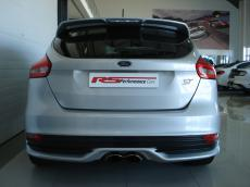2015 Ford Focus 2.0 EcoBoost ST3 - Rear