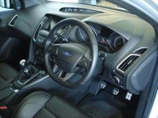 2015 Ford Focus 2.0 EcoBoost ST3 - Interior