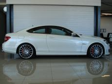 2012 Mercedes C63 AMG Coupe Perf Pack - Side