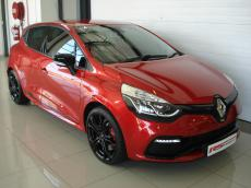 2017 Renault Clio IV 1.6 RS 200 EDC CUP - Front 3/4
