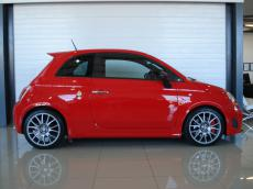 2012 Abarth 695 Tributo Ferrari - Side