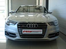 2013 Audi S6 quattro 4.0T FSI S tronic - Front