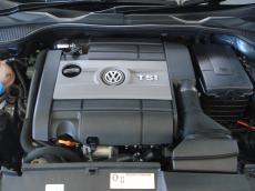 2013 Volkswagen Scirocco 2.0 TSi R DSG - Engine