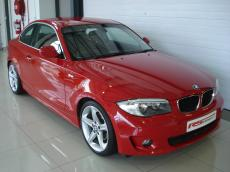 2011 BMW 125i Coupe A/T - Front 3/4