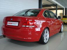2011 BMW 125i Coupe A/T - Rear 3/4
